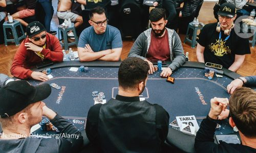 An Expert in Gambling Without Realizing It Here is How It works